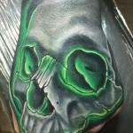 Eric_08_skull-green
